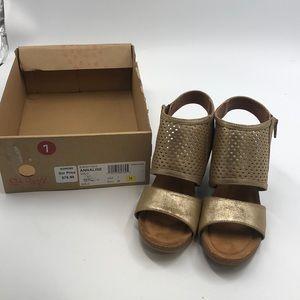 New Eurosoft - Womens - Annalise Gold Size 7 Shoe